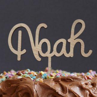 sierlijke cake topper met voornaam